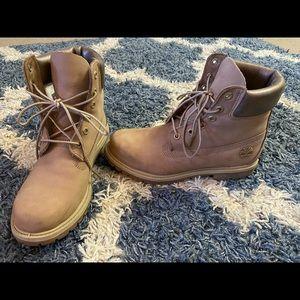 Timberland boots women's size 9 (premium I think)